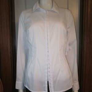 Laundry Size 6 white cotton front closure blouse